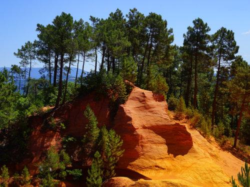 Montgolfière proches des ocres de Roussillon